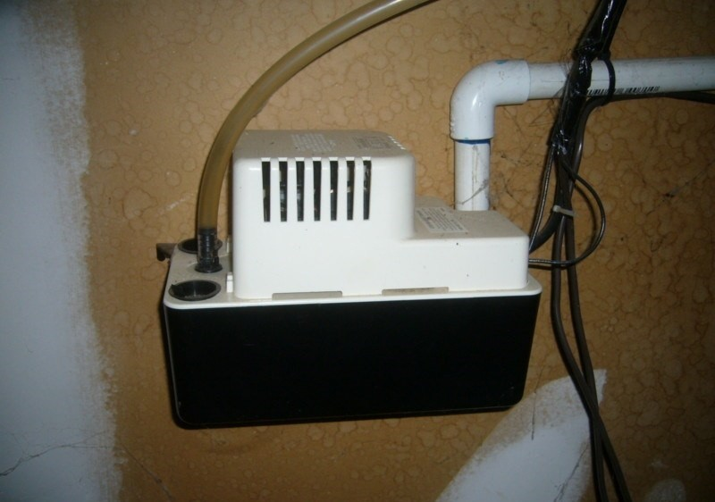 Cleaning Condensate Pump